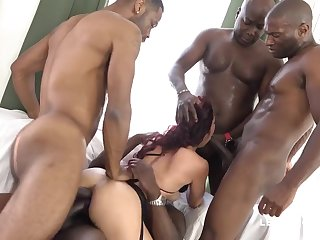 yoke BIG BLACK COCK Zoom Her Bum Dana Santo
