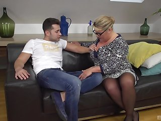 Mature BBW takes on a younger stud and shows him how it's done